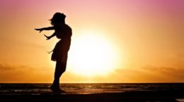 woman-happiness-sunrise-silhouette-40192-810x540